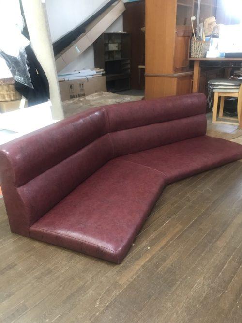 店舗用ソファの張り替え