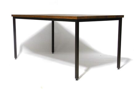 ナラ無垢材テーブル