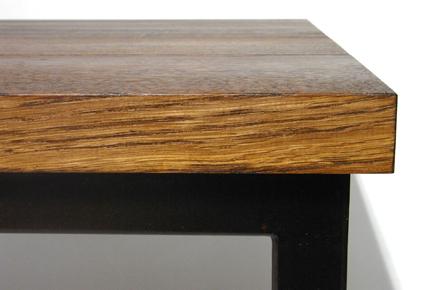 ナラ無垢材の木目