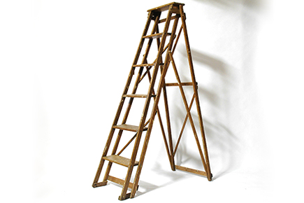 oth-007(vintage ladder)
